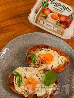 Пълнени картофи с яйца и крема сирене на фурна - снимка на рецептата